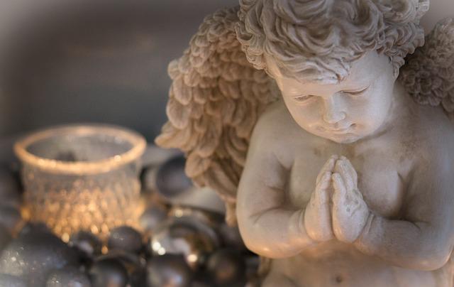 figurka anděla