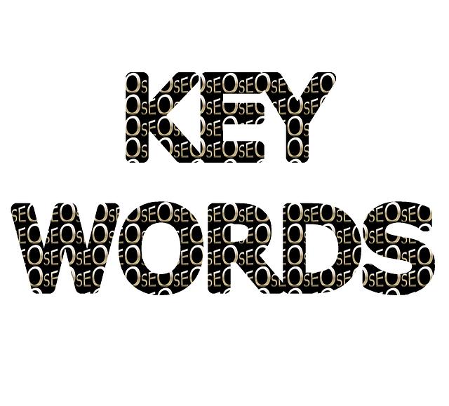 """nápis """"Klíčová slova"""" tvořený z nápisů SEO"""
